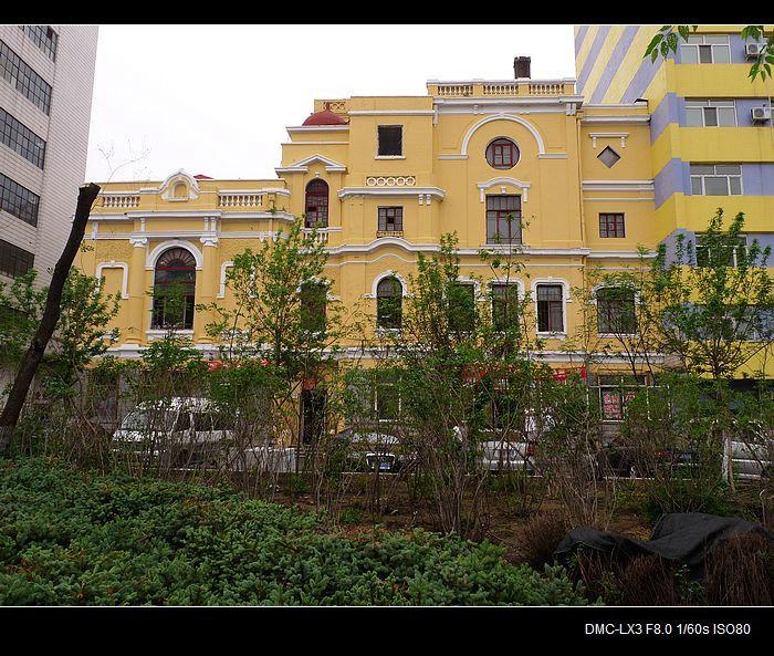 哈尔滨旧影 200-哈尔滨东仪天主教主教府堂